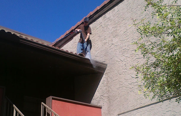 commercial-gutter-cleaning-mesa